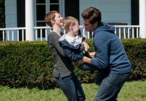 """Emma (Valorie Curry, L) and Jacob (Nico Tortorella, R) are responsible for the kidnapping of Claire Matthews' son Joey (Kyle Catlett, C) in the """"The Poet's Fire&quo.t; CR: David Giesbrecth/FOX"""
